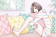 ソファでくつろぐ女性のイラスト